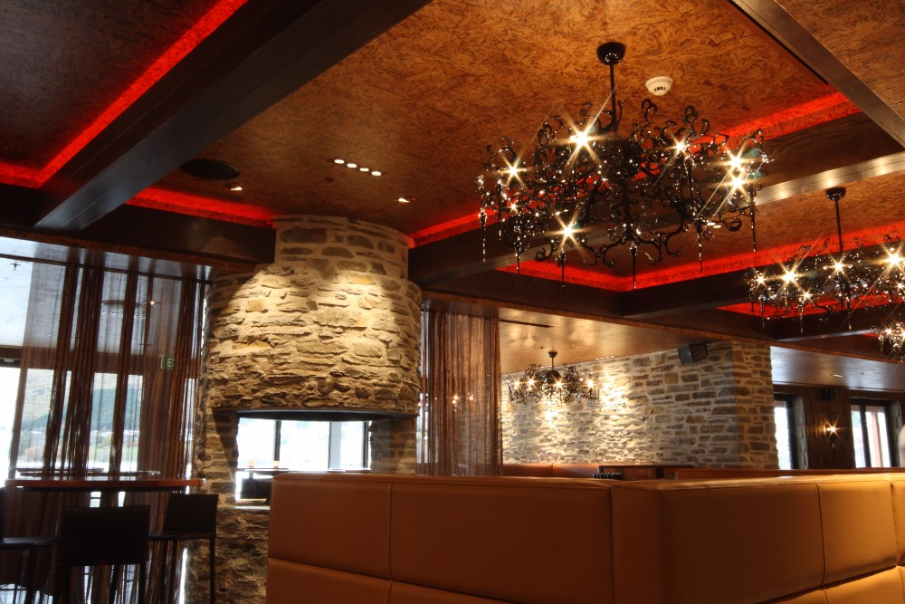 Cork Wallpaper Ceiling and Leather Upholstery